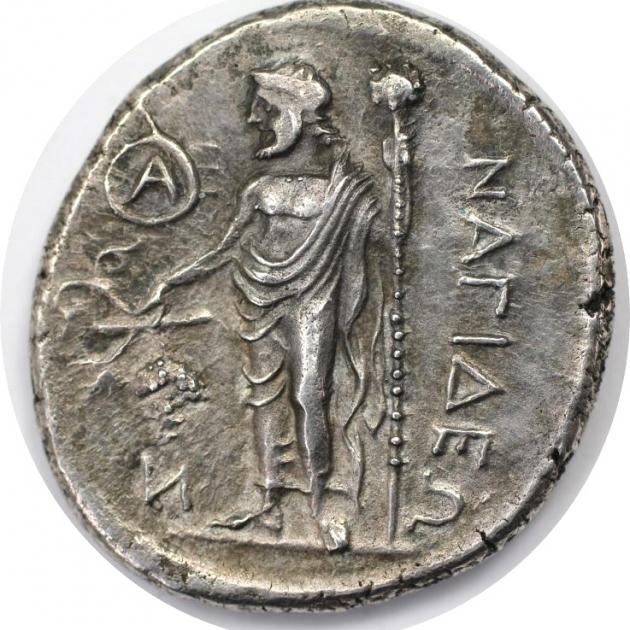 AR Stater 370 - 365 v. Chr avers